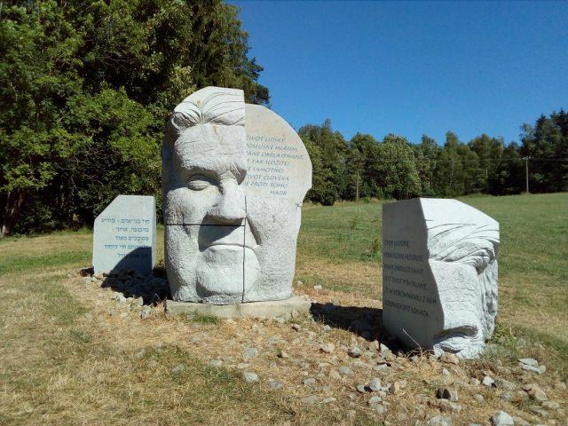 Památník Hlava XXII.