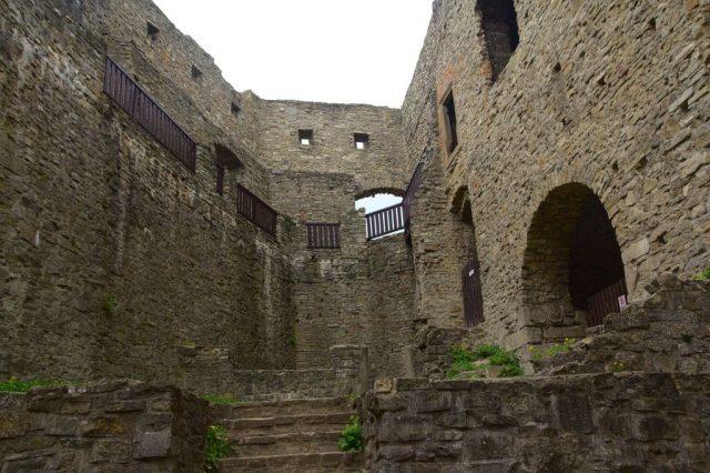 Hrad Hukvaldy - vnitřní část hradu