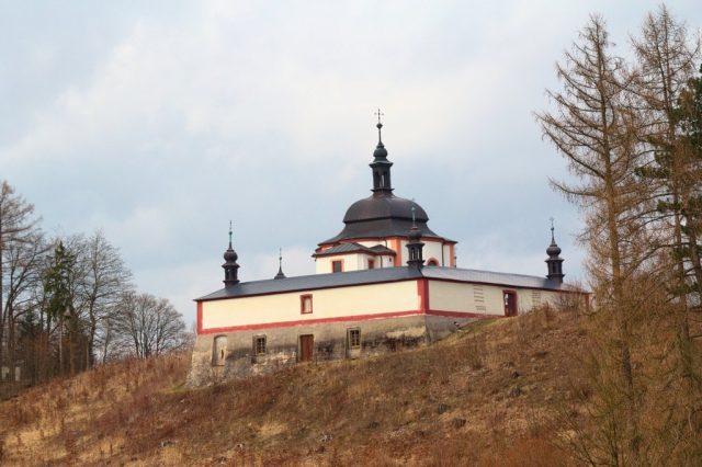 Kaple svatého Jana Nepomuckého u města Letohrad